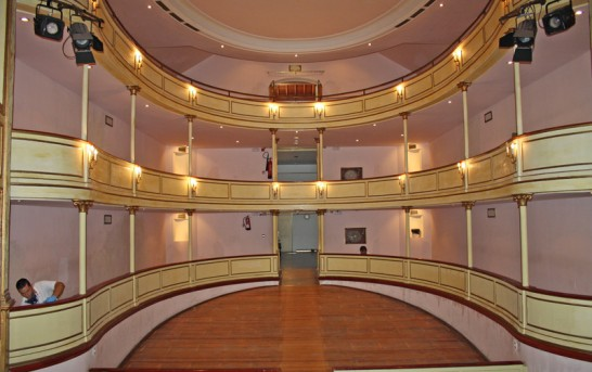 La Palma: Holzwurm-Kampf im Teatro Chico