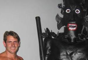 Auf den Leib geschneidert: Ricardos liebste Rolle als Teufel beim Danza del Diablo in Tijarafe. Foto: Organisation