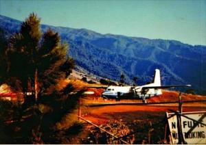 Flughafen Buenavista in den 70ern: die Flieger werden größer, die Touristen werden mehr. Foto: Palmeros en el Mundo