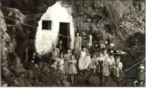 Tazacorte 1955: die Familien waren groß, die Häuser manchmal viel zu klein. Foto: Palmeros en el Mundo
