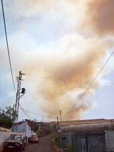 So sah es aus, als 2012 der Brand in El Paso begann: Rauch ist hier immer ein Alaramzeichen. Foto: La Palma 24