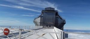 TNG bei Tag: Eines von zwölf Observatorien des Instituto Astrofisico de Canarias (IAC). Foto: La Palma 24