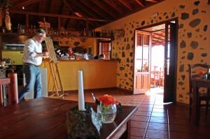 Tasca Catalina: Michael hat einen alten Pajero renoviert und ein urgemütliches Restaurant geschaffen. Foto: La Palma 24