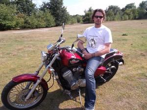 Vincent Lensen: Vater der Biker s 4 Orcas mobilisierte Motorradfahrer in aller Welt.