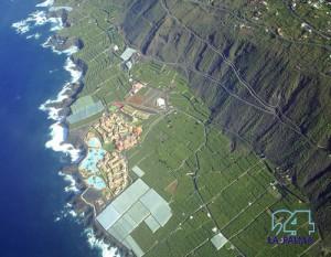 Davon träumen alle schon lange: Eine Straße entlang der Westküste, die Puerto Naos mit Las Indias verbindet. Bisher muss man übern Berg und Fuencaliente und dann wieder hinunter fahren, wenn man zum Beispiel an den Leuchtturm oder zum Hotel Princess im Süden will. Foto: Axel