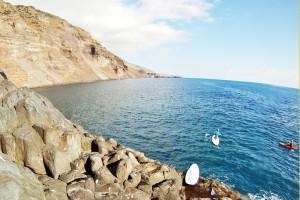 Auf dem Surfbrett den Atlantik vor La Palma befahren: Einfach Anibal anrufen und Termin ausmachen! Foto: CanaryGreenLapalma