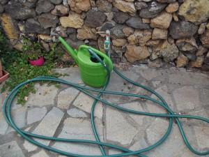 Kann nicht schaden: Neben dem Grill einen Schlauch bereithalten. Foto: La Palma 24