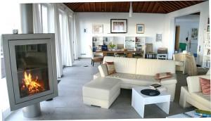Villa Atlantico: Der Wohn-Ess-Bereich ist hell, großzügig und mit vielen wohnlichen Details ausgestattet.