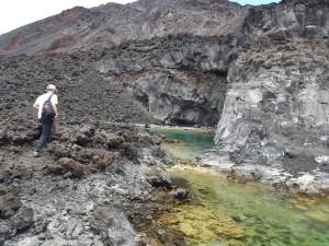 Tomaso liebt die Natur auf La Palma: Nach der Arbeit belohnte ihn ein Sprung in die Seen an der Heiligen Quelle. Foto: La Palma 24