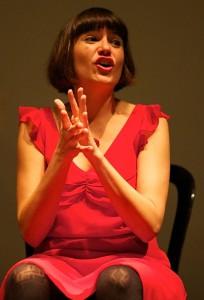 Iosune Lizarte: Die Sängerin von Flamenco entre Amigos ist mit vollem Herzen dabei. Foto: Kim Schaar