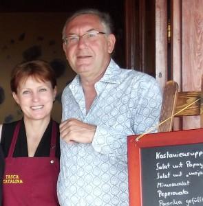 Michael Richter und seine Frau Valentina: Er kreiert die Rezepte für die Tasca Catalina und kocht, sie hilft mit. Foto: La Palma 24