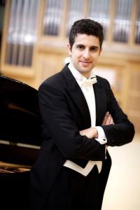 Javier Negrin: Sonaten von Beethoven auf dem Piano. Foto: Santa Cruz