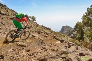 MTB auf La Palma & Umweltschutz: Guides halten zum sanften Bremsen an. Foto: Kirsten Sörries