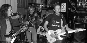 Nächstes Konzert von Eremiot y la Tripulación: Samstag, 28. März 2015, in Puerto Naos, Bar Caotico. Foto: La Palma 24