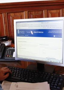 Virtuelles Amt: Bürger von Santa Cruz können städtische Gebühren via Internet bezahlen. Foto: Stadt