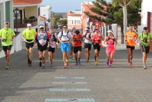 Einlauf der Checker in Fuencaliente: Mich seht Ihr hier nicht, weil ich etwas später ankam...