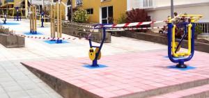 Circuito Vital: in der kleinen Fußgängerpassage, wo einst der Info-Kiosk stehen sollte, der nun am Parkplatz von Puerto Naos seinen Standort gefunden hat. Foto: Los Llanos