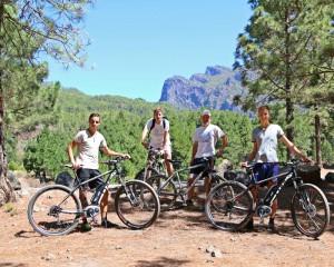 Geht auch und sehr gemütlich: Die neuen MTB-Trails mit E-Bikes von La Palma 24 erkunden. Foto: Kreikenbom