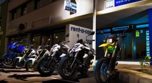Unsere Motorräder vor dem Büro in Todoque - La Paölma
