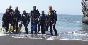 Bequem und beliebt: Los geht´s oft am Hausriff in Puerto Naos, direkt um die Ecke beim Dive-Center der Tauchpartner. Foto: La Palma 24