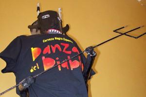 Alles begann mit dem Danza del Diablo: Gino taufte sein erstes Bier nach dem gleichnamigen Fest in Tijarafe.
