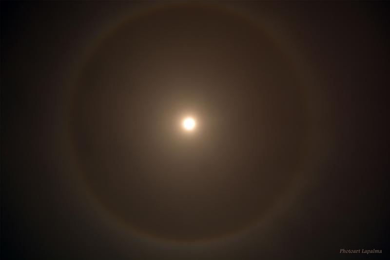 Mond-Halo von Michael Stumpf.
