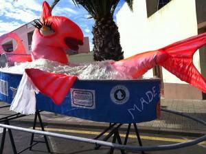 Noch lacht sie - aber bald landet sie auf dem Rost: eine der vielen Karnevals-Sardinen auf La Palma.