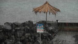 Bombilla-Strand-Regen-Hella