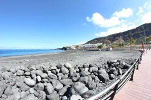 """Der Teil der Playa von Puerto Naos vorm Hotel Sol: Entgegen der Meinung vieler ist dies kein """"Hundestrand"""". Foto: La Palma 24"""