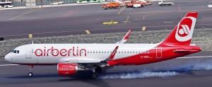 Happy Landing in Santa Cruz de La Palma mit Airberlin: im kommenden Winter auch mit einem Direktflieger aus Zürich. Foto: Carlos Díaz-Spotting