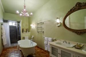 Moderner Komfort und historische Möbel: luxuswohnen in der Hacienda de Abajo in Tazacorte. Foto: Hotel