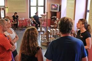 """Seidemuseum El Paso """"lebt"""": Während Ana den Besuchern auf Spanisch, Deutsch und Englisch d"""