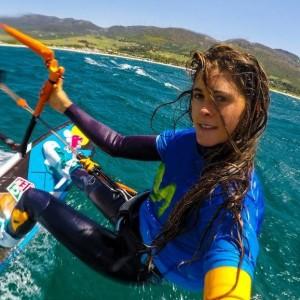 """Gisela Pulido: trotzt gerade (Montag, kurz nach 9 Uhr) der """"Düse"""" zwischen La Gomera und La Palma. Foto: Movistar"""