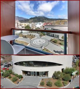 Hotel Benahoare Los Llanos: Von den Balkonen sieht man übers MAB und die Stadt bis in die Berge. Das bild unten zeigt die Parkplätze gleich hinterm Museum. Foto: La Palma 24