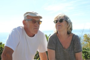 Harlad Braem: Er träumt mal kurz ein Buch, schreibt es von Hand, und seine Frau Sylvia bringt die Erlebnisse der REM-Phasen ihres Göttergatten dann in eine ordentliche, verlagsverwertbare Form. Foto: La Palma 24