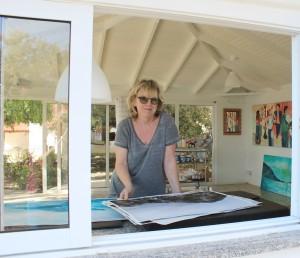 Sylvia Catharina Hess: Ist nicht nur das Frauchen von Harald, sondern eine äußerst facettenreiche Malerin - mehr dazu in diesem Artikel. Foto: La Palma 24