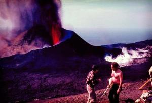 1971 beim Ausbruch des Teneguía: Man traf sich zum Picknick. Foto: Asociación Canaria de Volcanología ACANVOL.