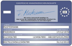 Die Europäische Krankenversicherungskarte: Urlauber sollten sie vor der Reise unbedingt bei ihrer Krankenversicherung beantragen, denn sie wird auch auf La Palma verlangt, u