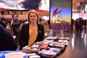 Inseltourismusrätin Alicia Vanoostende auf der FITUR in Madrid: Nach den Erfolgen in 2016 gitl es nun, die Connections mit Airlines und Reiseveranstaltern zu festigen und auszubauen. Foto: Cabildo