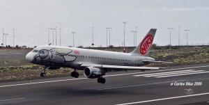 NIKI Airlines: Die silbergrauen Flieger lösen im Sommer 2017 die Airberlin-Maschinen ab. Foto: Carlos Díaz/La Palma Spotting