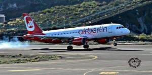 Airberlin-Landung auf dem Flughafen SPC: gehört bald der Vergangenheit an. Foto: Carlos Díaz