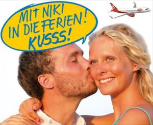 Aktuelle Aktion bei NIKI: Preis für Wangenküsse. Foto: Airline