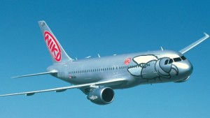 NIKI übernimmt: Die silbergrauen Airbusse übernehmen das operative Geschäft von Airberlin auf den Kanaren. Pressefoto NIKI