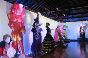 Designer-Roben aus vielen Jahrzehnten: Hortensio Valles und der Karneval. Foto: Cabildo
