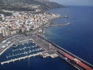 Neuer Strand in Santa Cruz de La Palma: Es fehlen noch etwas Sand, sanitäre Anlagen und Bay Watch-Türme. Foto: Stadt