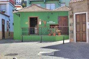 Tourismusbüro in Tazacorte-Pueblo: Infos gleich bei der Kirche. Foto: La Palma 24
