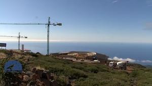 Auf dem Roque wird gebaut: Das Besucherzentrum macht Fortschritte, wie ein Film von TV La Palma zeigt.