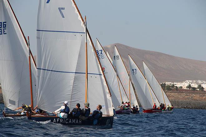 Lateinerboote-Regatta: Eine der Veranstaltungen im Rahmen des Día de Canaria 2017 rings um La Palma.
