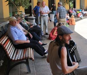 puntagorda-bauernmarkt-unterhaltung