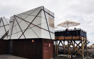 Kiosco 7 Islas in El Remo: Wer genau hinschaut, erkennt die Sieben im coolen Design. Foto: Ronny
